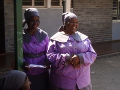Mra Matibela och Mrs Bishops wife Dube