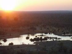 Vattenhålet vid solnedgången
