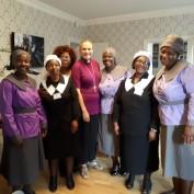 Besök hos biskop Karin Johannesson i Uppsala stift. Vimbai, Dumsile, Ntombi, Karin, Secret, Nomsa, Regai