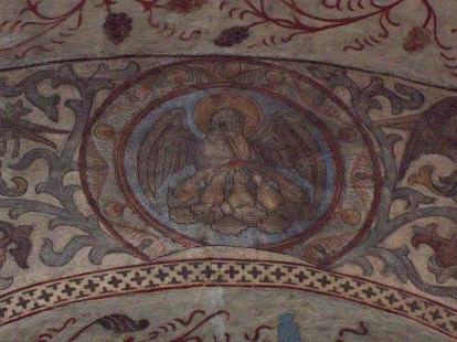 Bilden av pelikanen är en medeltida symbol för Jesus lidande. Den bygger på en fabel om pelikanen som tog av sitt eget blod för att väcka sina ungar till nytt liv. Pelikanens ungar hade blivit dödade av dess värsta fiende, ormen, men när hon hackade upp ett sår på sig själv och gav dem att dricka av sitt eget blod började de leva igen. Precis som Jesus gav sitt blod för oss, för att vi skulle få evigt liv. Om detta nya liv vill vi berätta! Väggmålning från Funbo kyrka utanför Uppsala