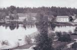 Taget från Herrgården innan Villan . Lusthuset står nu vid Höglunda