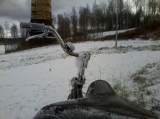 Vinterbild på ett vänsterstyre.