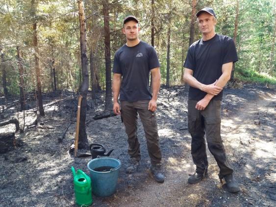 Sveaskog inspekterar att allt är under kontroll i området.
