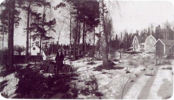 Fern Gustavsson Skogsliden 9 och 10   ...    källa Bygdeband