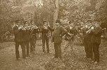 Svartå bruks musikkår i den gamla Bruksparken början på 1900 talet 3e från tv Adel Örmand från Folkpark.nu