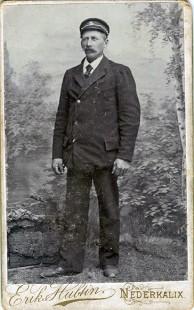 Här är Ramvik utbytt mot Nederkalix, kanske använd parallellt med bilden till vänster. Visar Erik Karlsson Söderlunf f 1855, död 1935. Ur B-G Nilssons bildsamling.