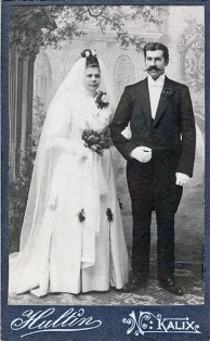 Log använd 1906 vid giftermål mellan Johan Elof Jonsson och Jenny Margareta Burman, ur B-G Nilssons bildsamling.
