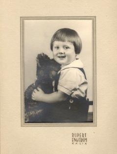 B-G ca 2 år 1940