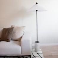 Golvlampa Matisse, Globen Lighting
