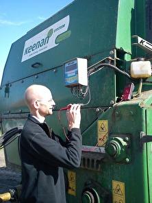 Problem med elektroniken i din jordbruksmaskin? Elektronikverkstan mellan Falkenberg & Ullared i Halland, felsök & reparation av elektronik i traktorer, såmaskiner, fjärrstyrning…