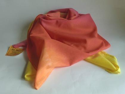 Rosa-orange-gul kvadratisk sjal
