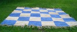 dubbelvävd matta infärgade bomullstrasor