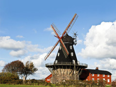 You will find many places to visit along the cycle route.  Here the mill in Särdal with a café, shop and exhibition,