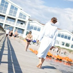 Dag 3 i  Falkenberg bor du på hotell direkt på stranden.