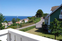 De allra flesta av övernattningar ligger precis vid havet. Här ännu ett högklassigt hotell i en liten charmig by på Kullahalvön med härlig utsikt över Kattegatt, dag 1.