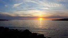 Solnedgång i havet, bara på Västkusten! Här i Steningen. Foto: Åse Ahlstrand.