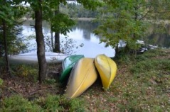 You can also rent canoes or boats at the accommodations.