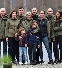 This family in 3 generations will welcome you to the first nights accommodation and dinner in their outdoor resort in the middle of Åkulla bokskogar (beeches), day 1. Photo Alexander Hall.