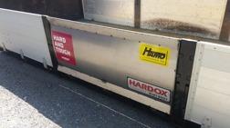 Med lemmar i HARDOX450 får du en överlägsen slitstyrka på ditt flak.