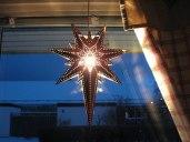 Stjärnans ljus lyser över världen