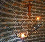 Årsta kyrka, Sthlm, ljusbärare