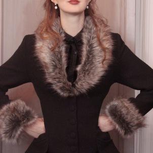 coat Elsa black