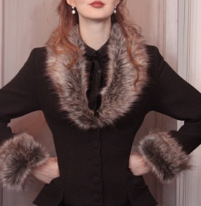 coat Elsa black - 34