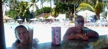 Goda drinkar i poolbaren