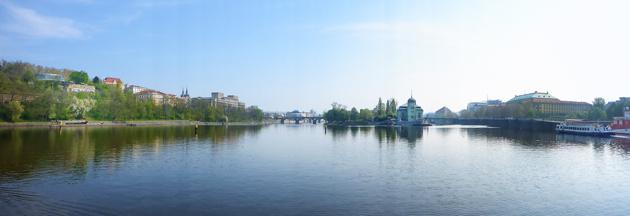 en tidig morgon i Prag