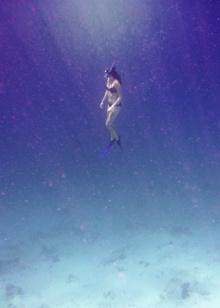 Vilma på väg upp ur djupen