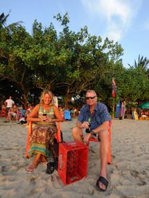 väntar på solnedgången Kuta beach...