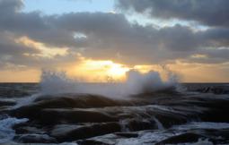 vågor i solnedgången...