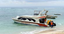 våran båt mellan Nusa Lembongan - Gili Trawangan