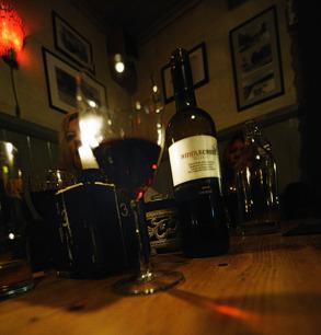 i Norsesund dricker man rött vin...