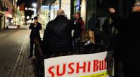 sen sushi serenad på Drottninggatan...