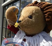 alla, t.o.m björnen blåser bubblor...