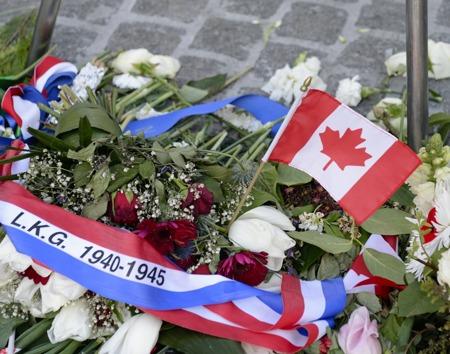 Canada gick in först sen nazisterna dragit sig tillbaka...