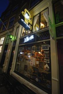 Bet Van Beeren, mysig pub...