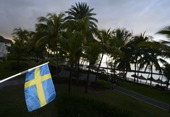 Svenska flaggan hissad...