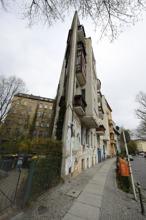 """Berlins svar på New Yorks """"strykjärn""""..."""