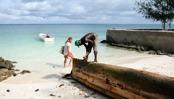 på Zanzibar bygger dom båtar även om nosen stör lite...