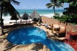 nosen i poolen på Zanzibar House...