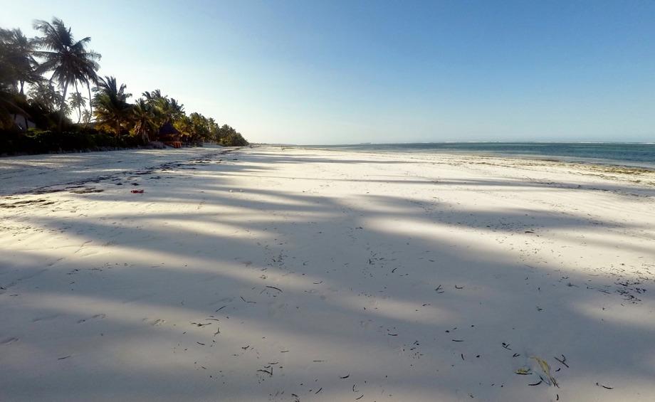 lite annorlunda mot Kuta Beach på Bali, inget jättedrag på stranden direkt... fotat med GoPro...
