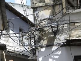 inte lätt att vara elektriker här...