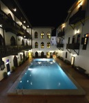 våran pool på Tembo House...