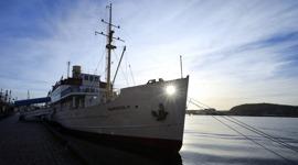 SS Marieholm som endast drivs av blå vågor...