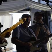 gul gitarr...