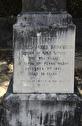 egen kyrkogård med mördade personer...