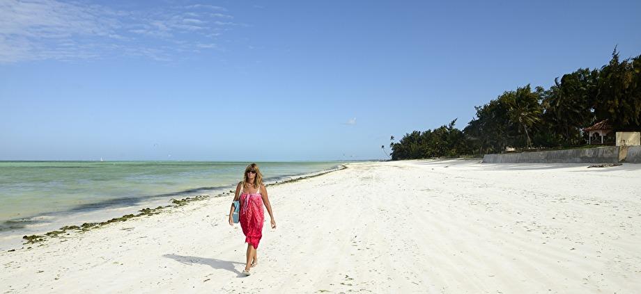 """alldeles för """"lång"""" strand... ca 22 kilometer lång..."""