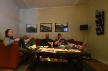 after-ski i soffan, ungarna älskar Jul med Ernst...